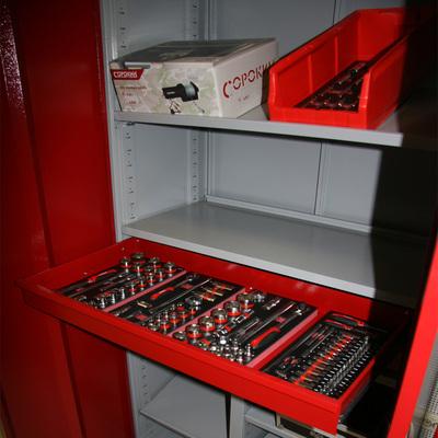 Шкаф Universal, большой