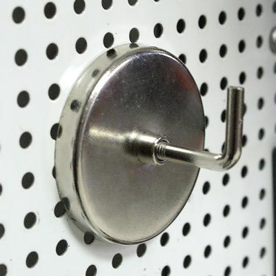 Крюк магнитный 60мм